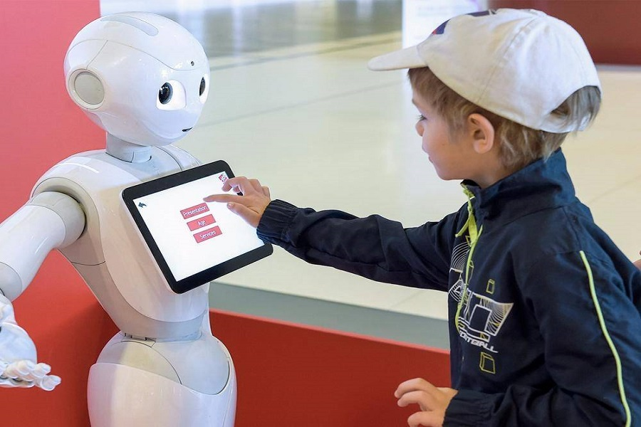 At the present stage, AI + education may be trained as an